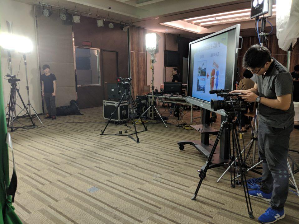 專業攝影棚多機直播
